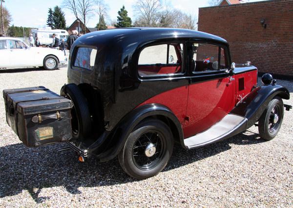 Morris 8 112